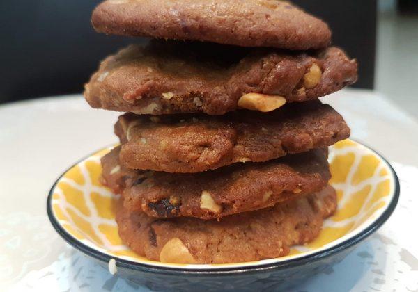 עוגיות בוטנים ושוקולד לאורחים בסוכה