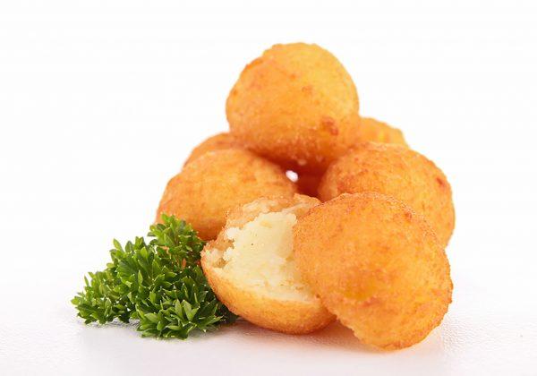 כדורי תפוחי אדמה מטוגנים